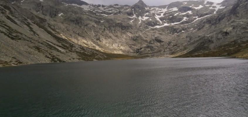 Subida a La Covacha de Gredos pasando por cuatro lagunas. 20 de Junio de 2014.