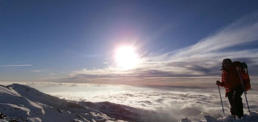 Cuando las nubes gimen a tus pies. El Mulhacén helado. 17 y 18 de Abril de 2015.