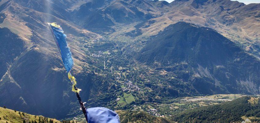 Subida al Pic L`Aüt. Las tres Torres. Campamento FEDME en Valle de Boí(I).
