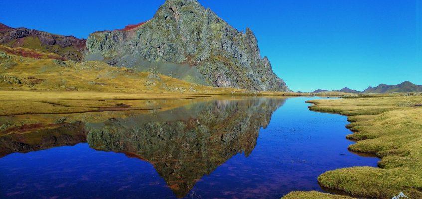 5. Anayet. De ocres , de  cielos, de  lagos…cuando los reflejos brillan en tu interior. La Leyenda de la hija de Anayet.